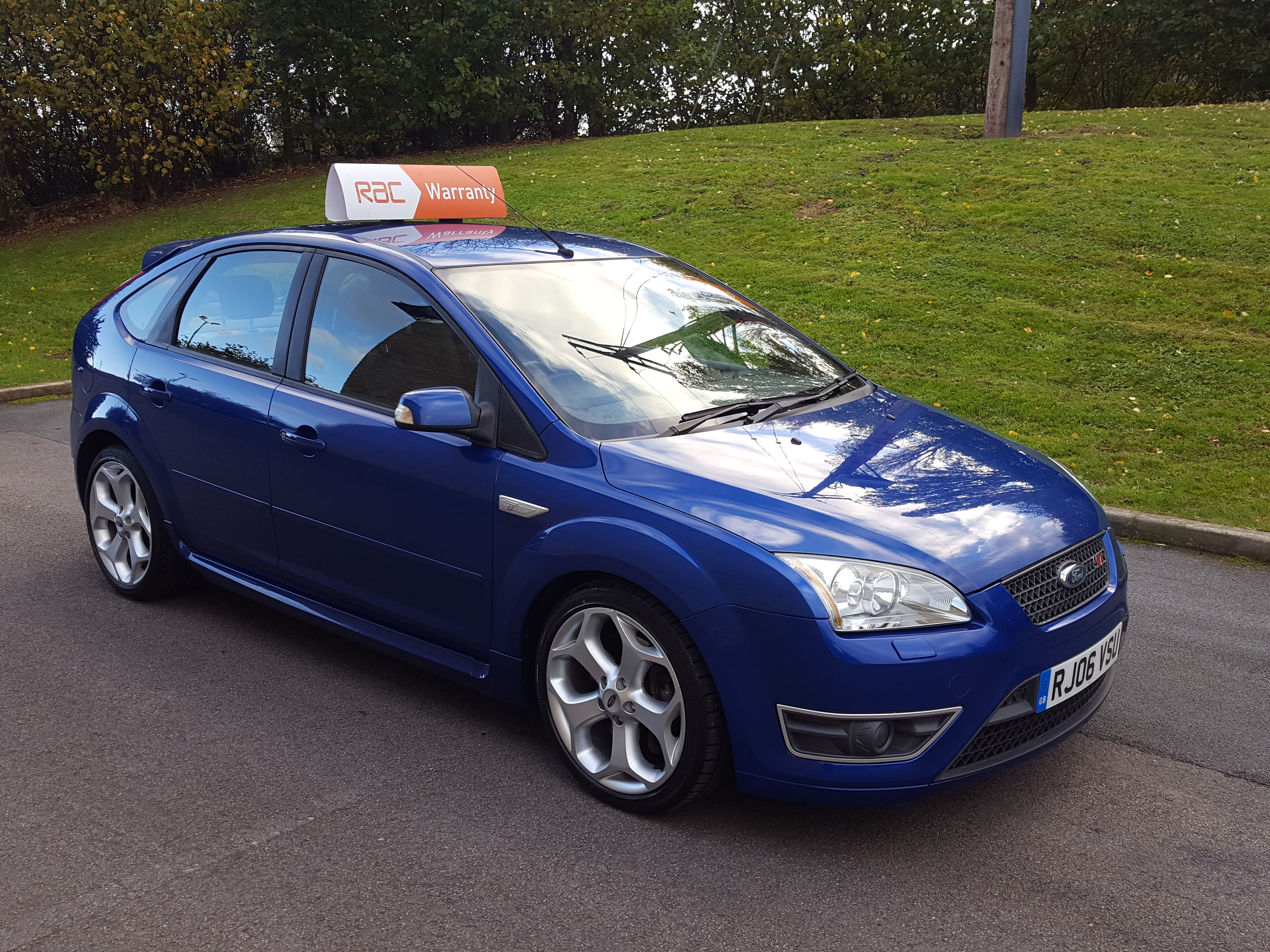2006 ford focus 2 5 siv st 3 5dr hatchback airedale cars for Ford focus 2006 interieur