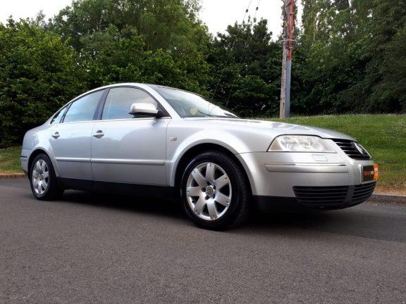 2004 Volkswagen Passat 1.9 TDI PD 130 Sport 4dr Saloon